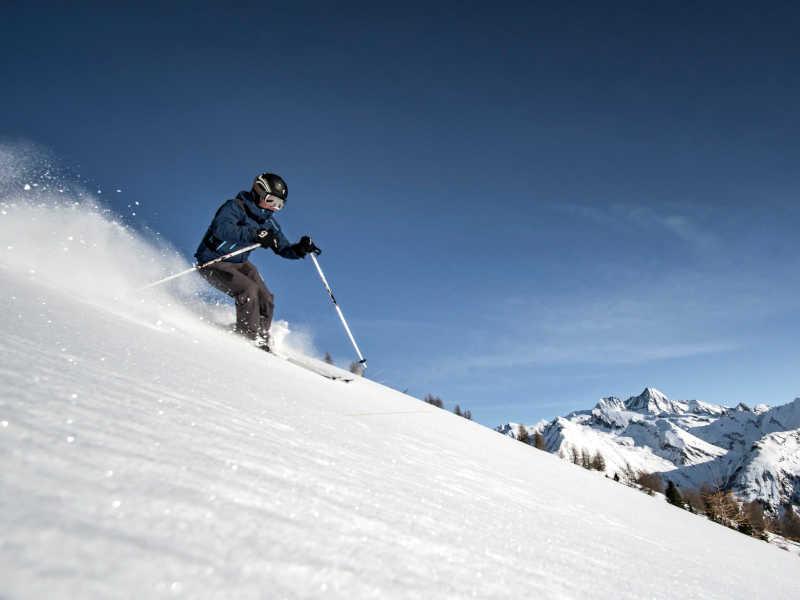 Freizeit - Winter - Freeriden - Symbolfoto